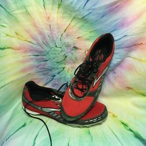 Brooks track and field shoes. Sz 12.5